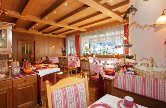 hotel-garni-savoy-kastelruth-suedtirol (38)