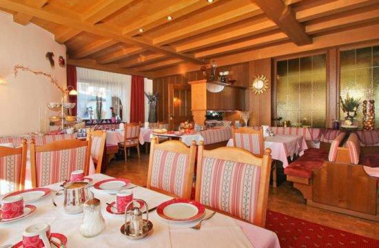 hotel-garni-savoy-kastelruth-suedtirol (39)