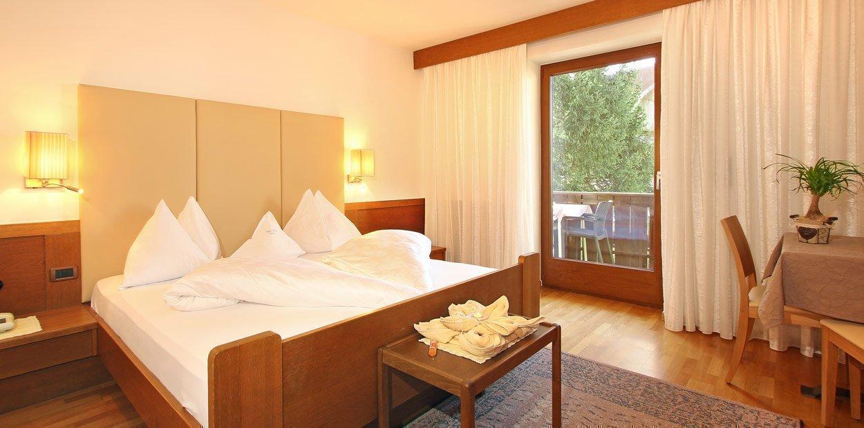hotel-garni-savoy-kastelruth-superior-zimmer-3